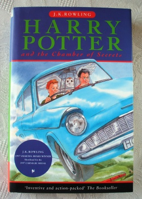 Harry Potter Chamber of Secrets UK First Edition. Ted Smart (T)