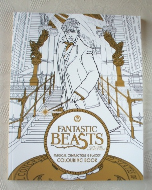 Fantastic Beasts & Where To Find Them. Colouring Book