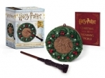 Harry Potter: Hogwarts Christmas Wreath and Wand Set: Lights Up!