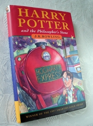 Joanne Rowling. Harry Potter Philosopher's Stone 1st Edition
