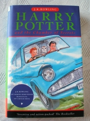 Harry Potter Chamber of Secrets UK First Edition. Ted Smart (R)