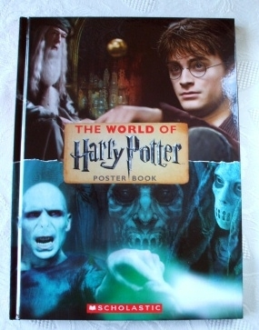 The World of Harry Potter Poster Book Rare First Edition!